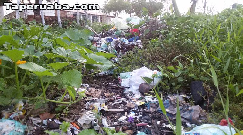 Lixo - Taperuaba