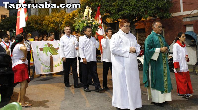 Processão- Festejos de Taperruaba