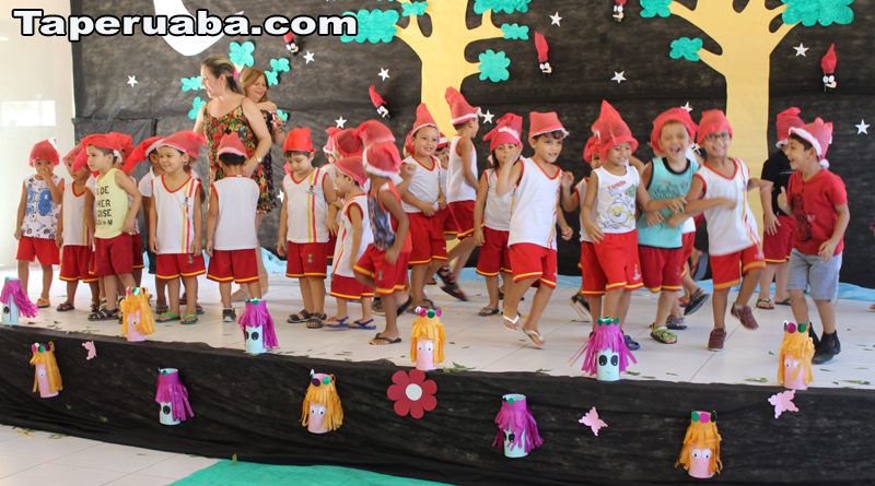 Mês do Folclore - Escola Francisco Monte