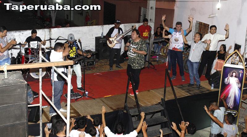 Banda Kairós em Taperuaba