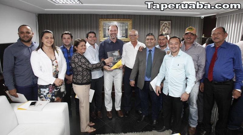 Cid Gomes, Paulo Vasconcelos