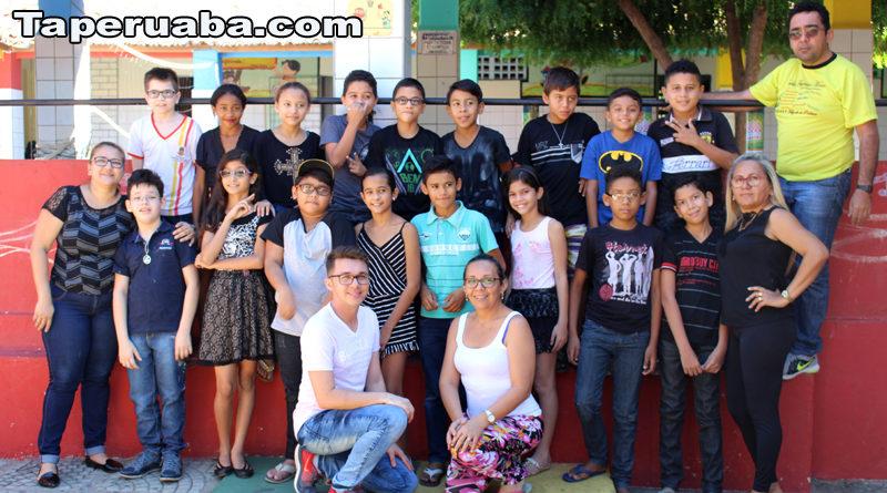 Escola Francisco Monte presta homenagem aos alunos do 5º ano 2017