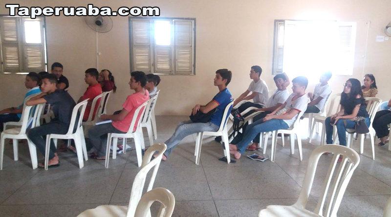 Palestra sobre meio ambiente em Taperuaba