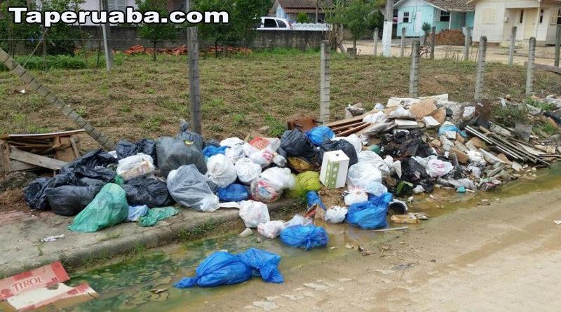 Lixo na cidade de Forquilha