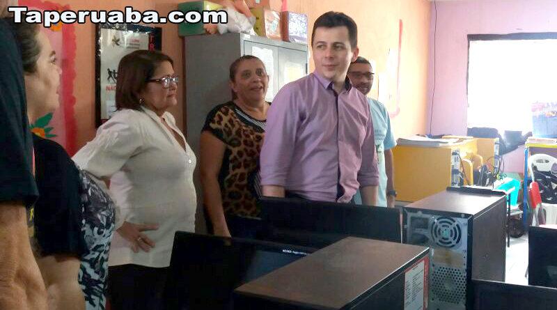 Vereadora Socorrinha Brasileiro e secretário de educação Herbert Lima