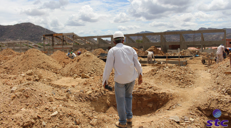 Andamento das obras da Escola de tempo Integral de Taperuaba