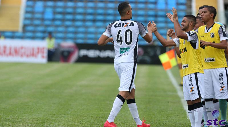 Artur marca e Ceará vence Maranguape